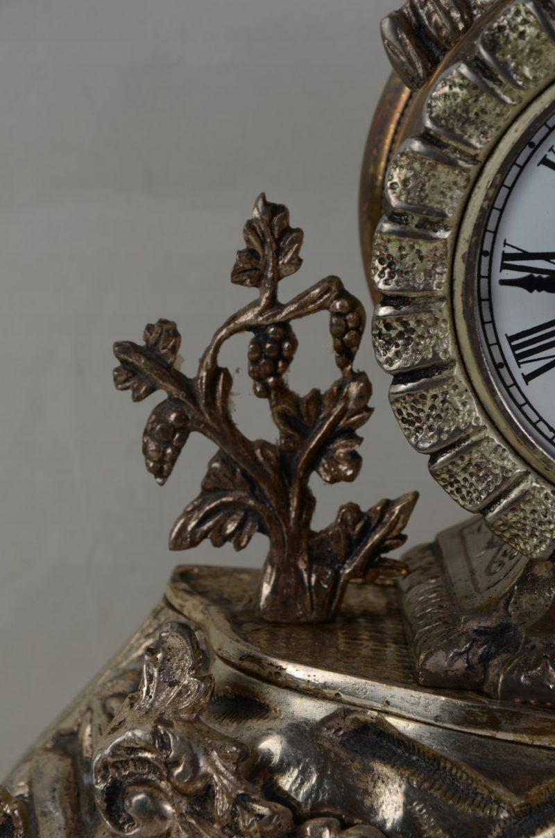Śliczny wieczny zegar biały brąz Hiszpania 701